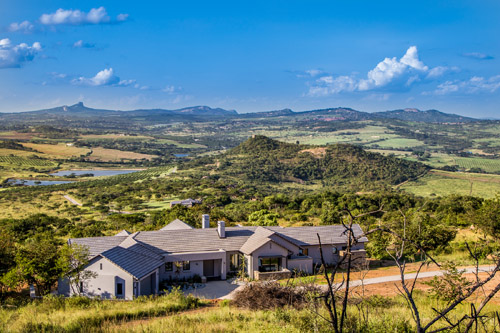 Visit Likweti Estate located on the Curlews Road, just a short drive from White River and fall in love!